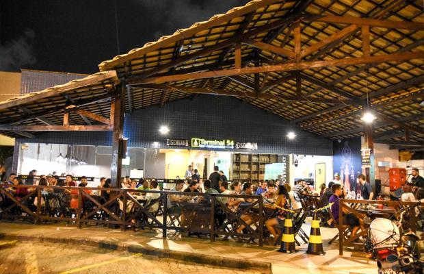 O melhor prato, no melhor lugar! Filé à Parmegiana para 2 pessoas + Bebidas (cerveja, refri ou água) por R$49,90 no Terminal 54