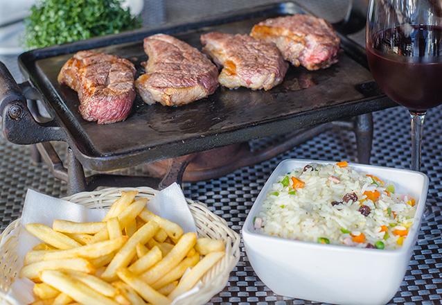 Carne de Sol Sertaneja para 3 e 4 pessoas por R$72,90