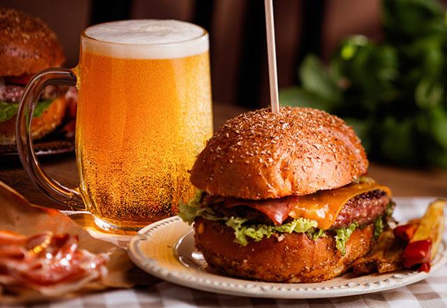 Rodízio de Hambúrguer Gourmet à vontade para 1 pessoa de R$38 por R$25,90