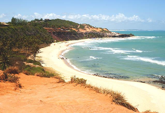 As duas praias bonitas de Natal em um único passeio! Passeio para Pipa e Tibau do Sul com parada em várias praias para 1 pessoa por R$34,90