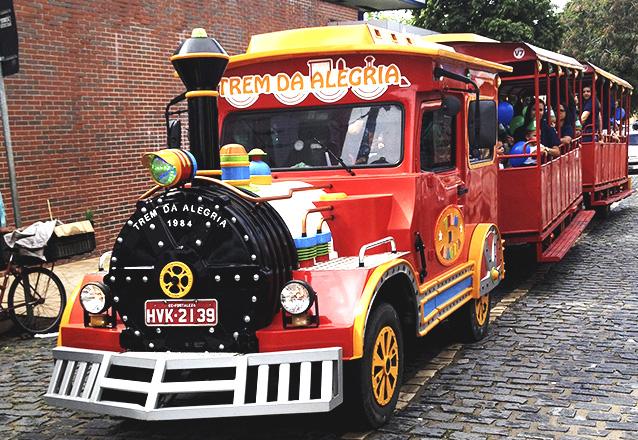 Diversão garantida na sensação de Fortaleza: o Trem da Alegria na Av. Beira Mar! 01 Ingresso para passeio (duração de 20 minutos) de R$10 por apenas R$7,99