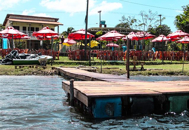 O lugar perfeito para você curtir com a família! Ingressos para 2 adultos e 2 crianças + Almoço - Carne de Sol (serve 2 pessoas) por R$59,90 no Itapark