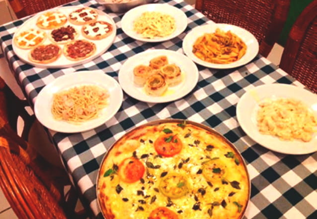 O rodízio perfeito! Rodízio Completo de Pizzas, Esfihas, Tortas Salgadas e Massas para 1 pessoa por R$25,90 no Esfiha & Cia