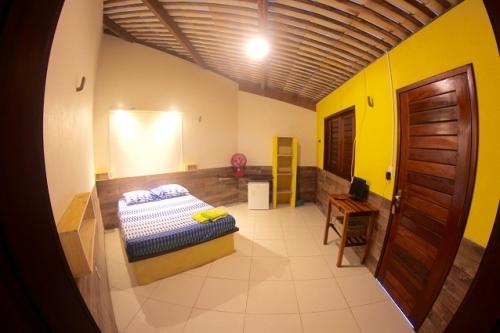 2 diárias em Suíte para 2 pessoas e 1 criança de até 5 anos + café da manhã de R$300 por R$189,90