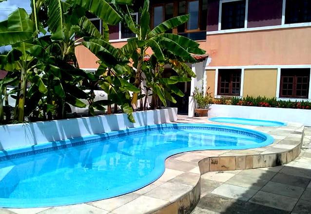 1 diária para 2 pessoas + café da manhã de R$150 por R$79,90 na Pousada Tabuba Residence