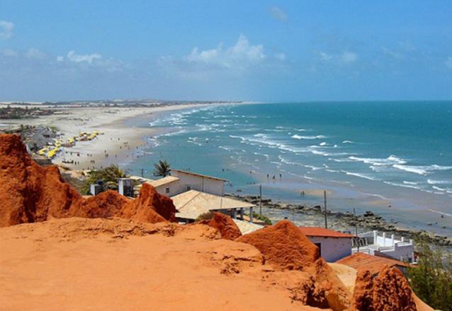 Viaje com a Sim7 Turismo! Passeio por 3 Praias do Litoral (Morro Branco, Praia das Fontes e Canoa Quebrada) para 1 pessoa por R$39,90