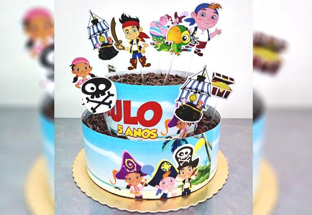 Bolo scrapcake 1 andar para 30 pessoas + 12 Cupcakes + 10 Pirulitos de R$200 por R$150