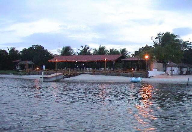 Um pousada no verdadeiro paraíso para você! 2 diárias para casal e 1 criança + café da manhã por R$279 na Hotel Pousada Lagoa do Banana
