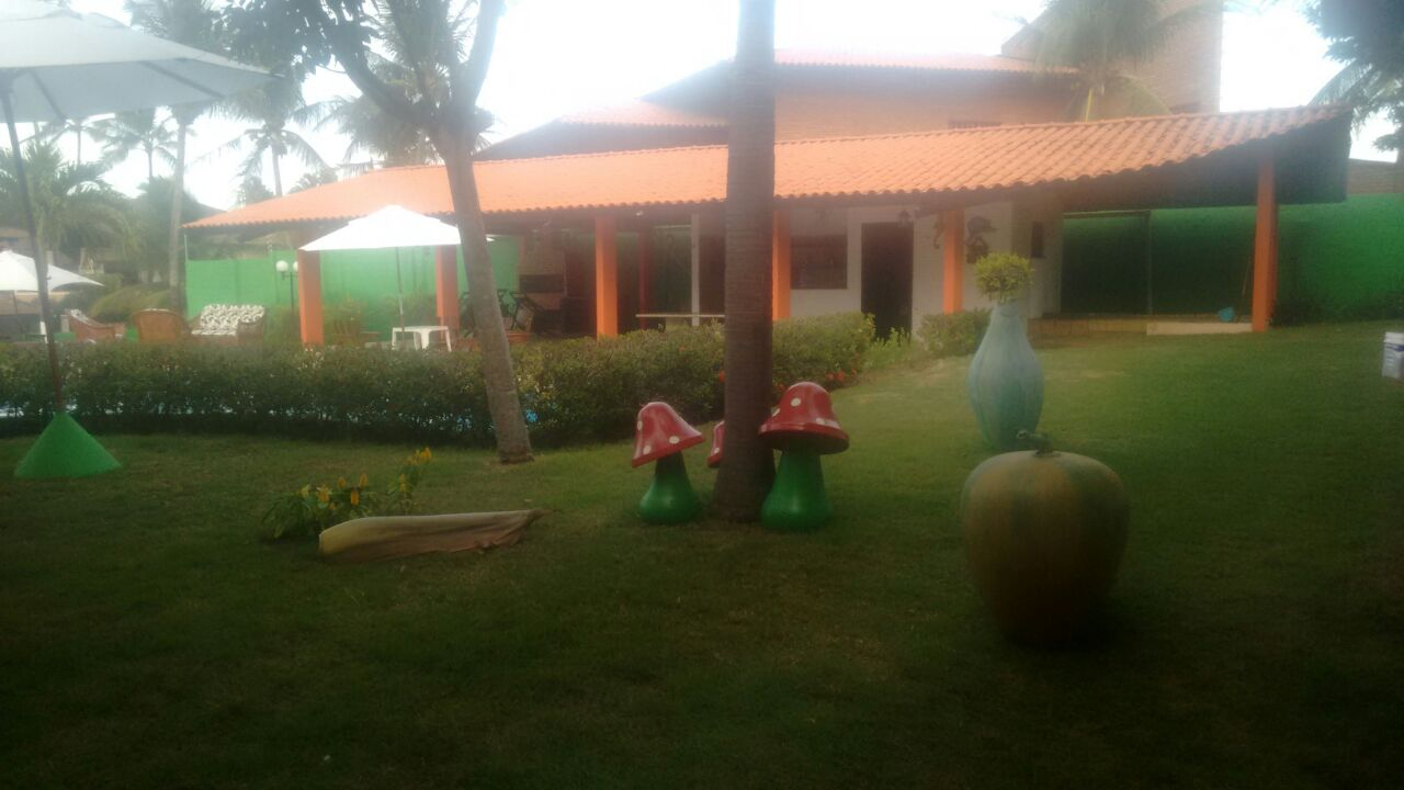 1 diária para casal e 1 criança de até 6 anos + café da manhã de R$195 por R$129