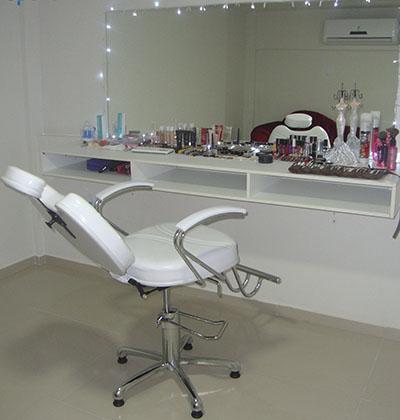 Toda mulher ama! Limpeza de pele + Peeling de Diamante + Hidratação + Revitalização por R$159,90 na Up Life Beauty Center