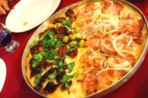 Essa oferta é irresistível! Rodízio completo com diversos sabores de Esfihas, Pizzas e Massas para 1 pessoa por R$28,90 na Bill Esfiha