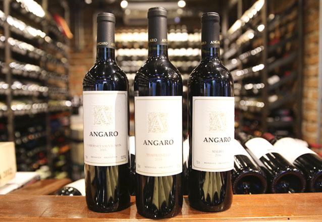 Brava Wine separou um kit para você que ama vinho! 1 Angaro Tempranillo + 1 Angaro Cabernet Sauvignon + 1 Angaro Malbec por R$99,90