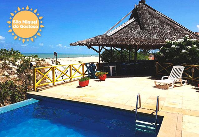 Faça as malas, você vai relaxar na Praia do Maceió! 2 diárias com café da manhã para casal de R$480 por R$359 na Pousada Porto Trapiá