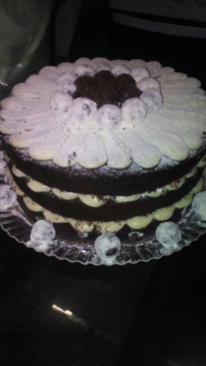 1 Torta Naked Cake para 15 pessoas de R$125 por R$99,90