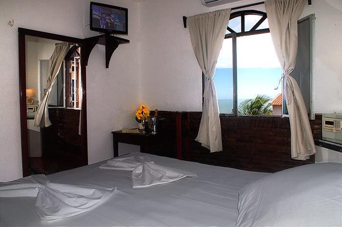 2 diárias em apartamento para casal e 1 criança de até 6 anos + café da manhã de R$380 por R$319,90