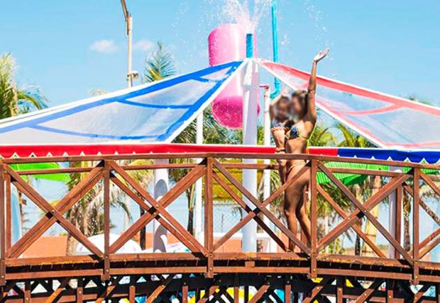 Chico do Caranguejo Praia completo para você e sua família! Tilápia Completa para até 2 pessoas + 2 Passaportes para o AcquaChico por R$79,90