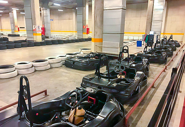 Para você que curte corrida, a oferta perfeita! Corrida de 15 voltas para 1 pessoa por R$34,99 no Adrenalina Kart do North Shopping Joquei ou Via Sul