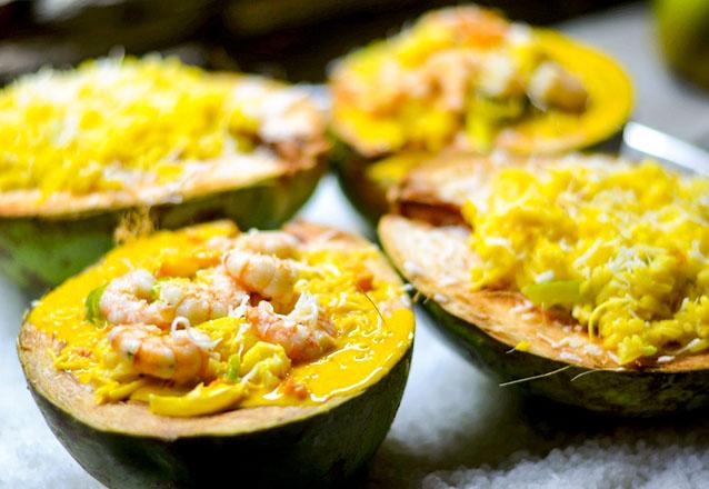Frutos do mar no melhor lugar! Manjar de Camarão (servido com delicioso arroz de coco) para 2 pessoas de R$79,90 por apenas R$44,90