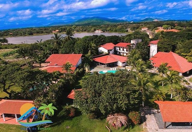 Uma pousada no verdadeiro paraíso para você! 2 diárias para casal e 1 criança + café da manhã por R$229 na Hotel Pousada Lagoa do Banana