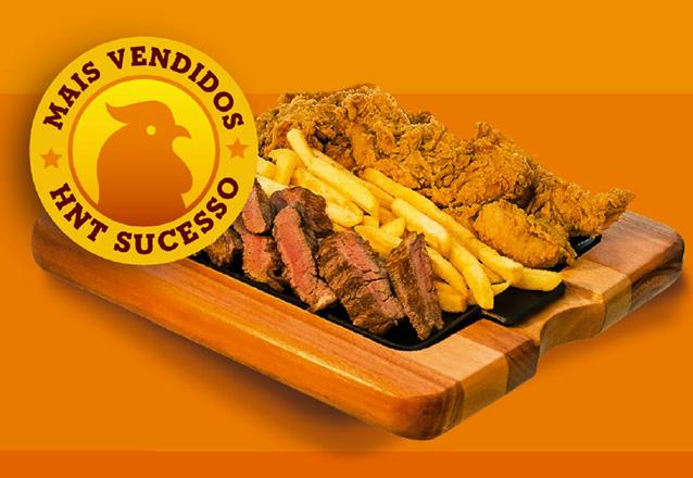 Super Chicken BBQ ou Picante: 2 Filézinhos crocantes, cobertos com molho (Barbecue ou Honey ou Buffalo picante), Cebola picante e Queijo de R$9,90 por R$7,90