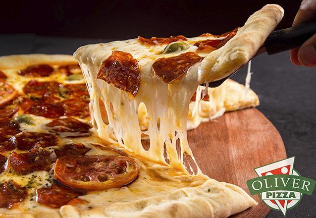 Pizza Grande (calabresa, mussarela, mista, portuguesa, marguerita, bacon ou chocolate) de R$24,90 por apenas R$19,90 na Oliver Pizza
