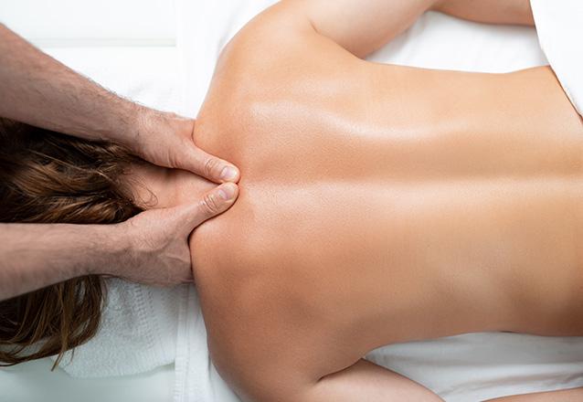 Você merece um massagem! 1 Sessão de Massagem Relaxante (50min) por apenas R$69,99 na Geyza Estética