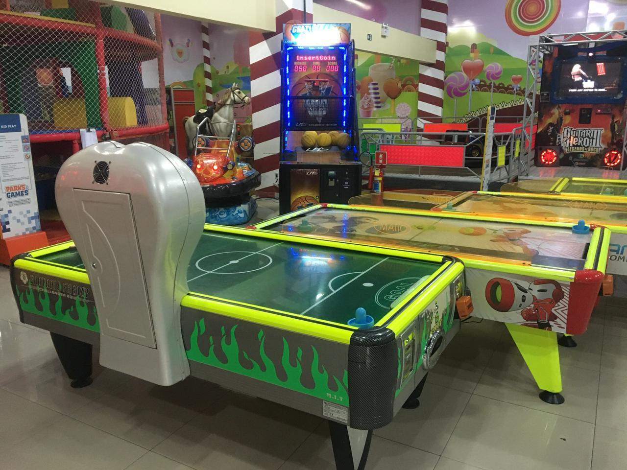 Ecotuminha e Parks & Games Iguatemi apresenta nas férias de Dezembro e Janeiro: 01 Kit Eco Turminha (Livrão de atividades e DVD) + Cartão com R$50 reais em bônus no Park & Games de R$65 por apenas R$40. Válido para Shopping Iguatemi!