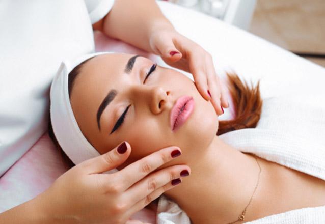 Limpeza de pele facial por sucção + Peeling Enzimático + Alta Frequência + Proteção de R$80 por R$29,90