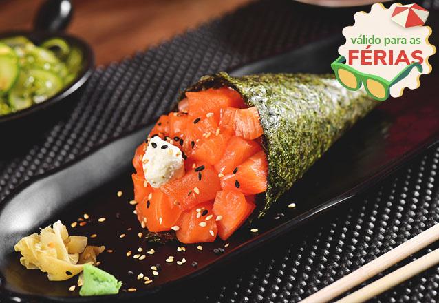 Temaki em dobro? Só na Tomodachi Sushi! 2 Temakis Hots Filadélfia ou Ebi + 2 Refrigerantes de R$49,80 por apenas R$36,90