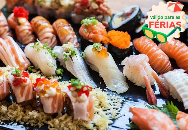Só no Tomodachi Sushi Bar! Combinado de 40 Peças de Sushi + 2 Bebidas de R$72 por apenas R$47,90