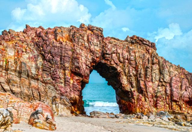 Que tal conhecer em 1 dia uma das praias mais bonitas do mundo? Passeio para 1 pessoa bate e volta para Jericoacoara com saídas todos os dias de Fortaleza na Rotas do Sol de R$180 por apenas 132,90
