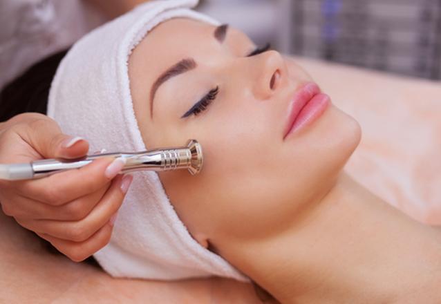 Hidratação Facial + Higienização Facial + Peeling Diamantado de R$60 por apenas R$24,90