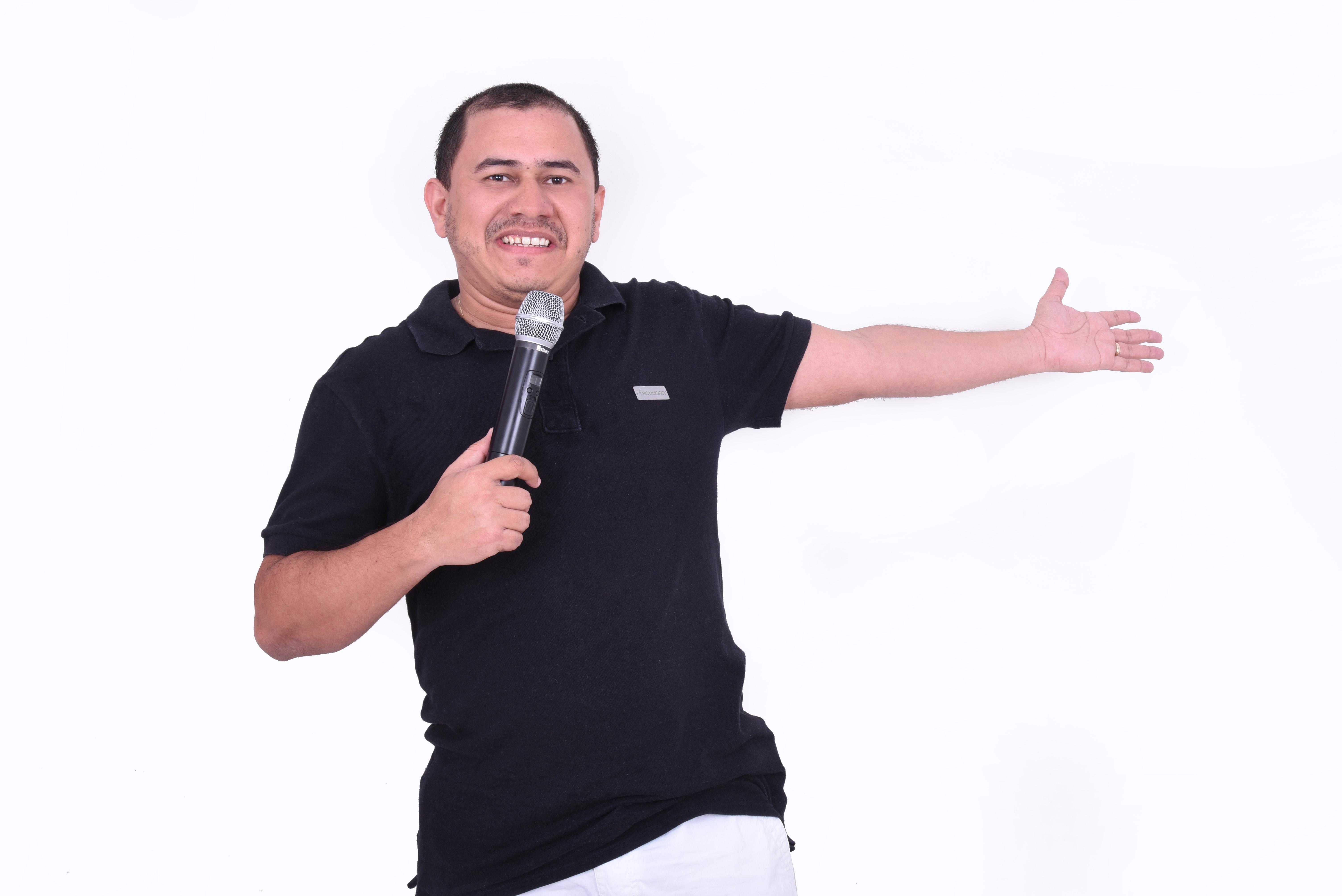 """Você merece se divertir! Ingresso Inteira para o """"Elephant Comedy - Noite de Stand up"""" com participação Especial de Paulos Soares, Gilliard Barbosa e convidados por R$10"""
