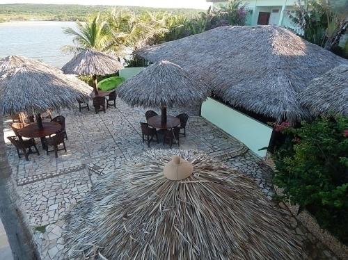 Curta seu Carnaval na Praia de Águas Belas! Pacote para o Carnaval com 4 diárias para 2 adultos e 1 criança de até 6 anos + café da manhã de R$1.600 por apenas R$1.300