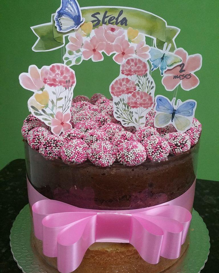 Bolo para até 10 pessoas (scrapcake ou chantininho) + 10 Cupcakes + 10 Pirulitos de R$170 por apenas R$119,90