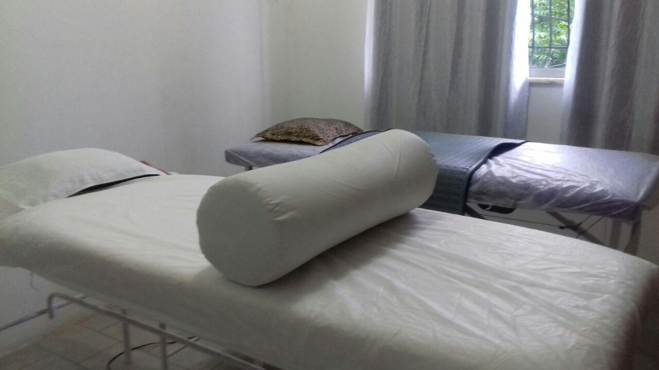 Drenagem Linfática pós-operatória, Drenagem Linfática Classic ou Massagem relaxante de R$100 por apenas R$49,90