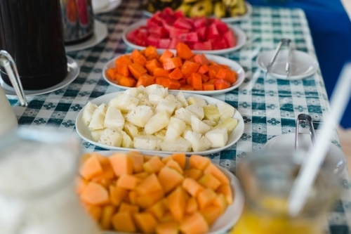 2 diárias em quarto standard para 2 adultos + café da manhã de R$350 por R$259