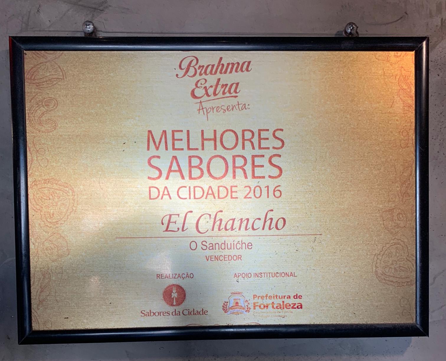 Premiado pelo Sabores da Cidade em 2018! 01 Kentucky, Smash Pork ou Burger de Falafel de até R$24,00 por apenas R$15,90 no El Chancho, o melhor hambúrguer de Fortaleza!