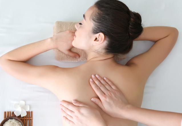 Massagem Relaxante (45 min) + 1 Esfoliação para os pés (brinde) de R$50 por apenas R$40