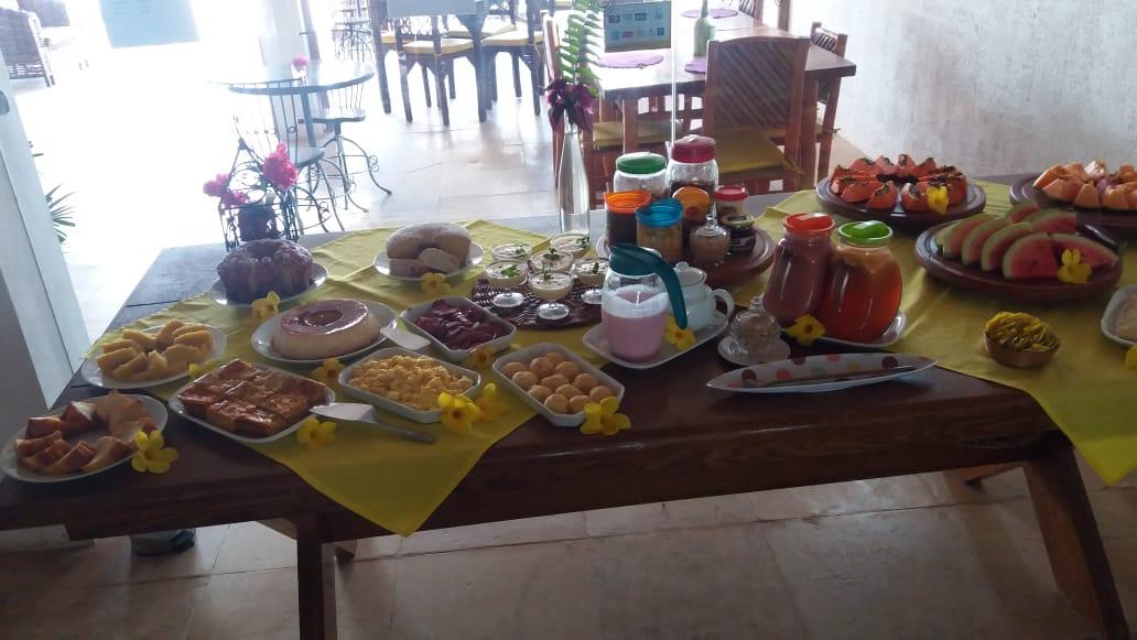 2 diárias no Duplo Econômico (de domingo à quarta) para 2 adultos com café da manhã de R$450 por apenas R$360