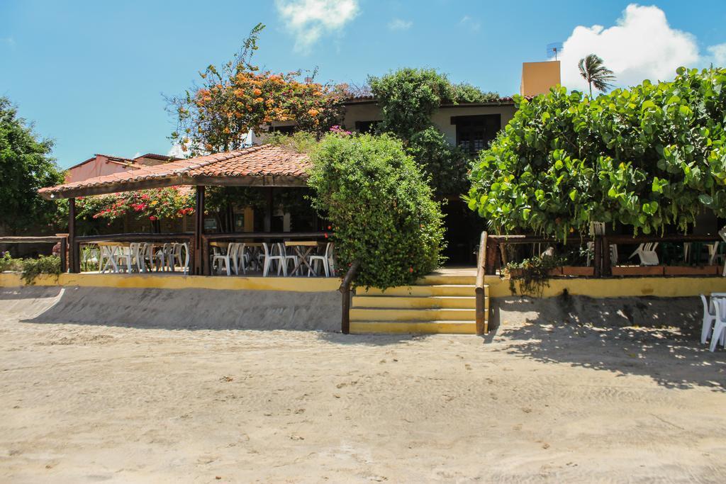 A melhor pousada é a Vira Sol em Flecheiras! 2 diárias para 2 adultos e 1 criança + café da manhã de R$500 por apenas R$299
