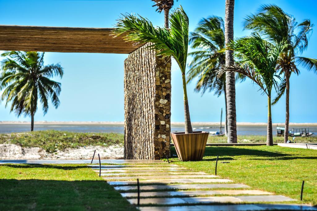 2 diárias (domingo a quarta) na Suíte Frente Jardim para 2 adultos + café da manhã + R$80 reais de crédito no restaurante do Hotel de R$720 por apenas R$397
