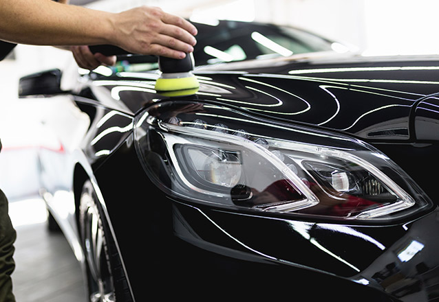 Para carros pequenos: Lavagem dos Bancos ou Hidratação de bancos de couro + Lavagem interna e Limpeza externa de R$120 por R$29,90