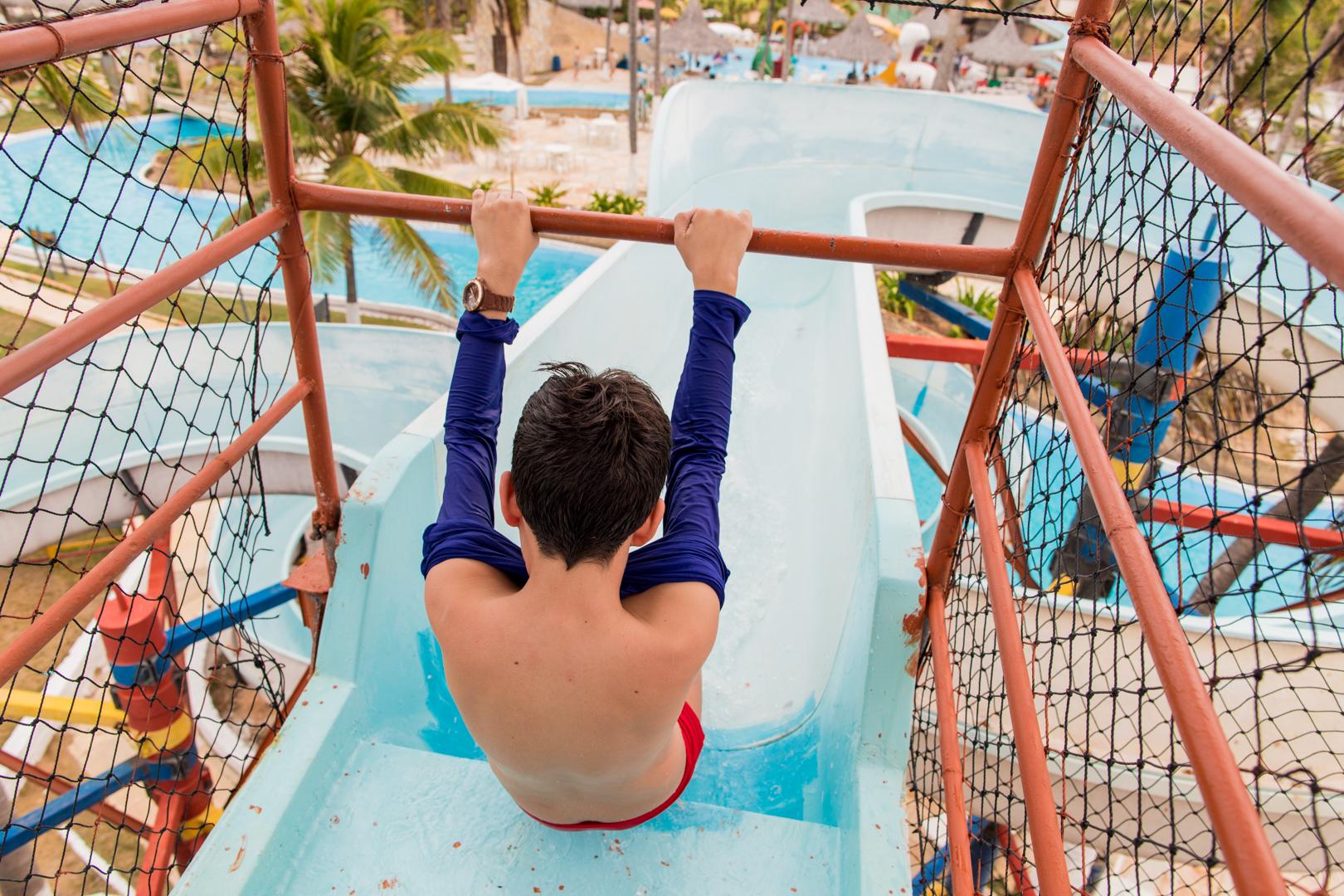 Fevereiro a Junho (check in todos os dias) com 2 diárias em Apartamento Jardim/Parque com All Inclusive para 2 adultos e 1 criança de até 10 anos de R$1.558 por R$1.161