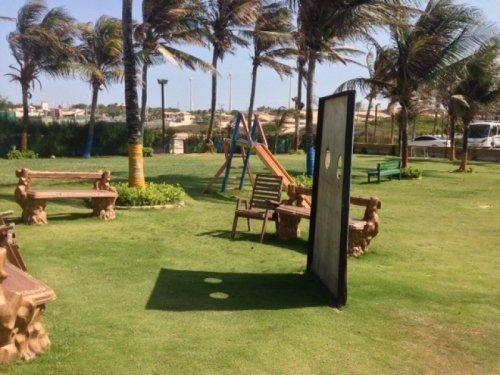 Praia das Fontes te espera! 2 diárias para 2 adultos e 1 criança de até 12 anos + café da manhã de R$396 por apenas R$299 no Hotel das Falésias