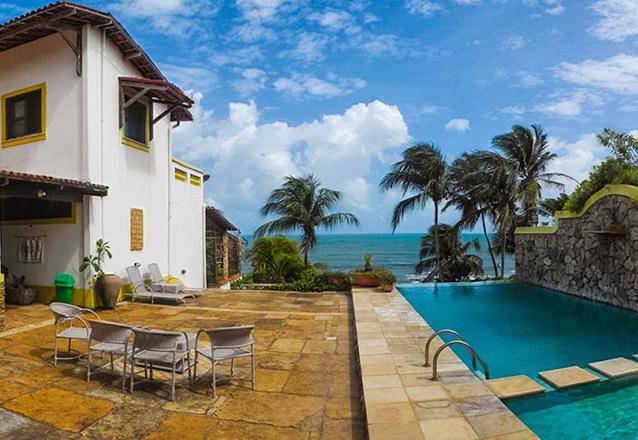 Desfrute desse verdadeiro paraíso! 2 diárias em Suíte Standart para 2 adultos e 1 criança de até 5 anos + café da manhã no Barbanera Club de R$520 por apenas R$349