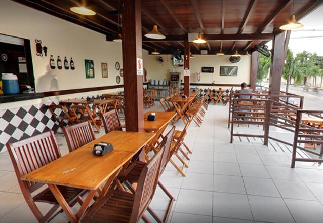 Camarão do Chico, Camarão no Coco, Camarão Nordestino, Escondidinho de Carne do Sol ou Filé à Parmegiana + 2 caipirinhas por apenas R$54,90