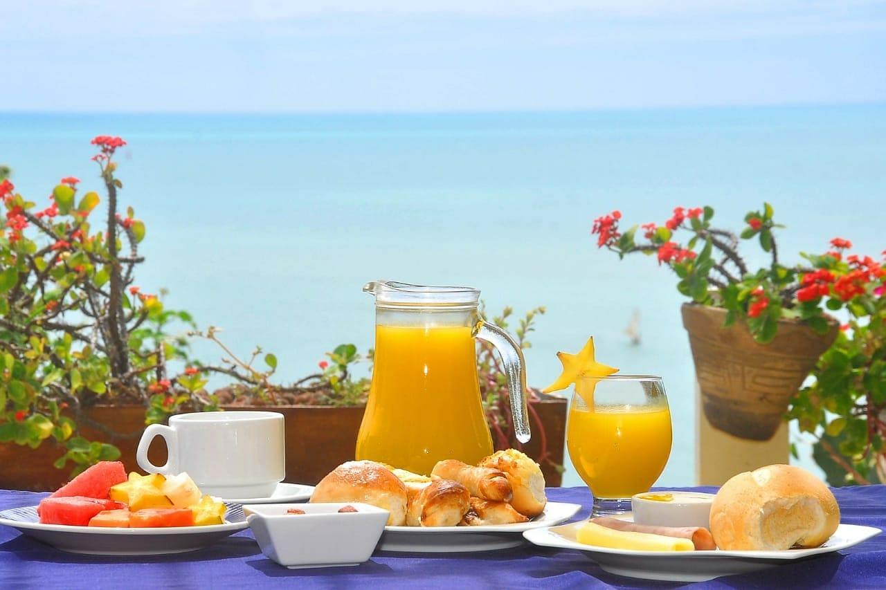 2 diárias (domingo a quarta) para 2 adultos + café da manhã de R$500 por apenas R$299