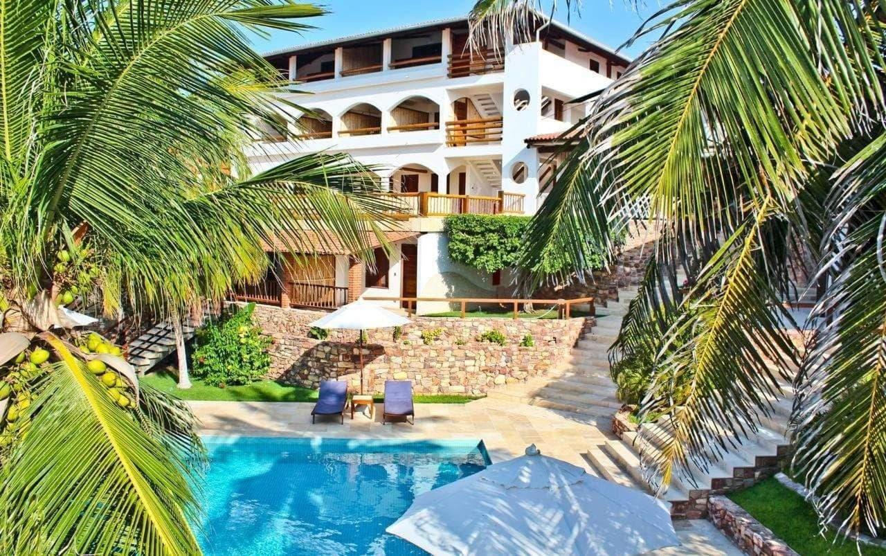 Você no Paraíso Canoa Quebrada! 2 diárias para 2 adultos + café da manhã de R$600 por apenas R$499 na Hotel e Pousada Tatajuba