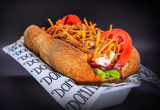 O Premiado Donadel Burger Shop! 1 Clássico, Psycho, Pork BBQ ou Crazy Chicken por apenas R$16,50
